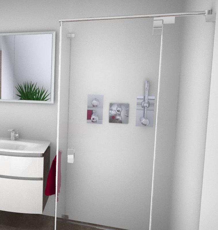Eine neue Duschkabine, ebenerdig und verglast